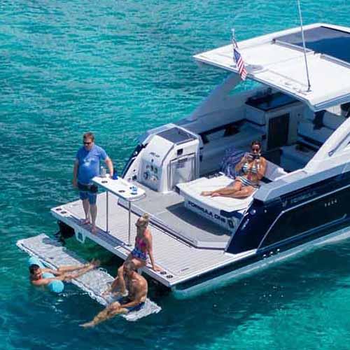 satılık lüks tekneler içinde en güzeli FORMULA