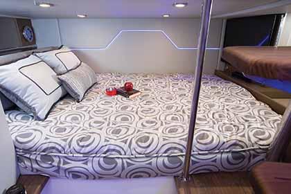 offshore tekne yatak odası FORMULA