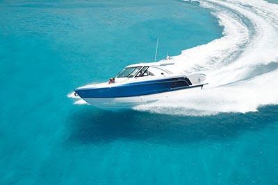 Sürat teknesi Formula 380-SSC