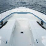 Tekne koltukları konforlu Formula 310BR