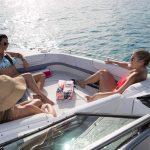 Baş tarafı açık tekne - Bowrider