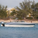 Dıştan takma motorlu sürat teknesi